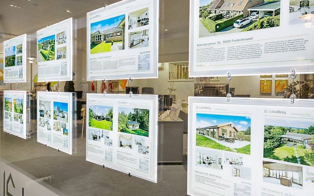 Vitrine d'agence immobilière